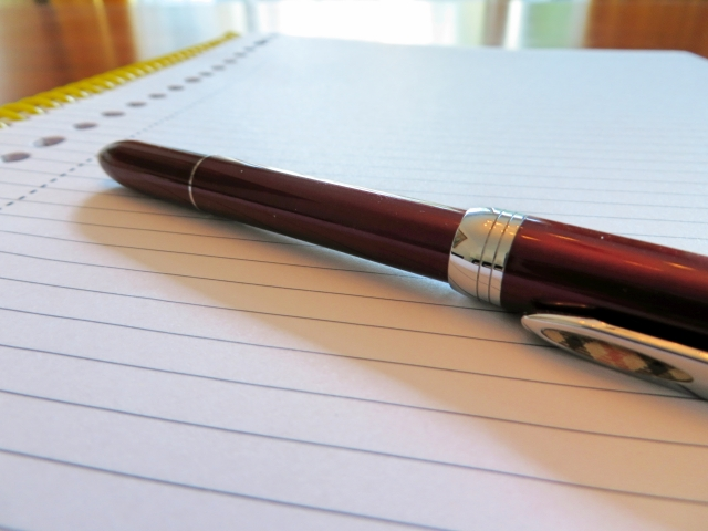 履歴書を書くときのボールペン。オススメはこれ!